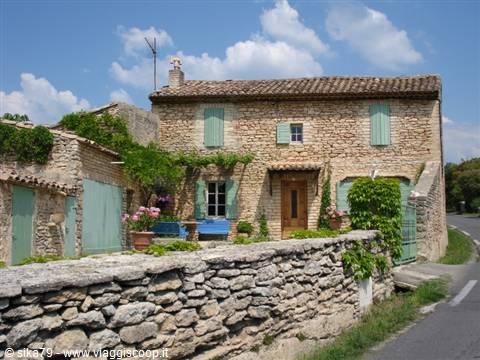 Foto gordes provenza francia - Casas en la provenza ...
