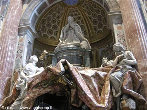 Foto All 39 Interno Della Basilica Di San Pietro Citta 39 Del