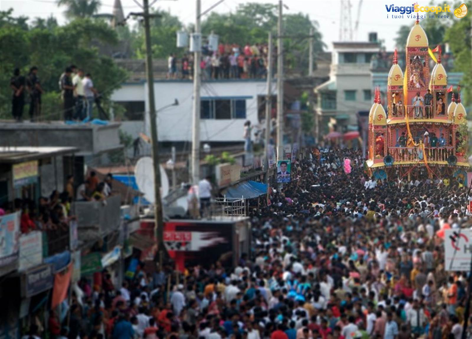 8. Festival di <strong>dhamrai</strong> Jagannath Roth