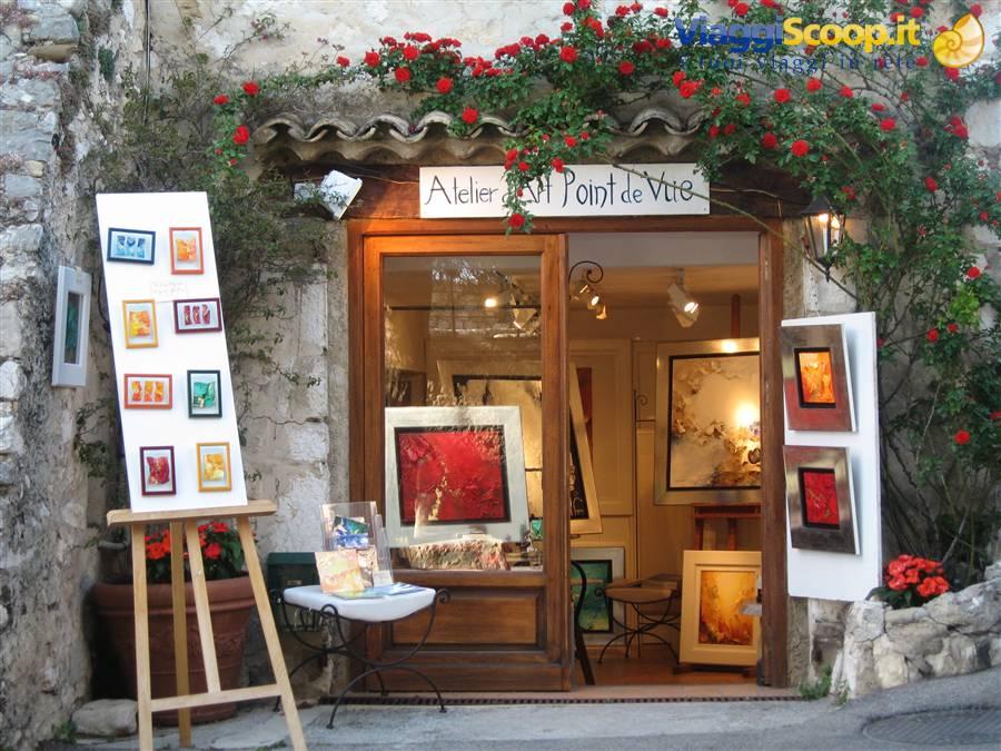 Il paese degli artisti francia - Il giardino degli artisti ...