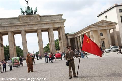 W e a berlino germania - Berlino porta di brandeburgo ...