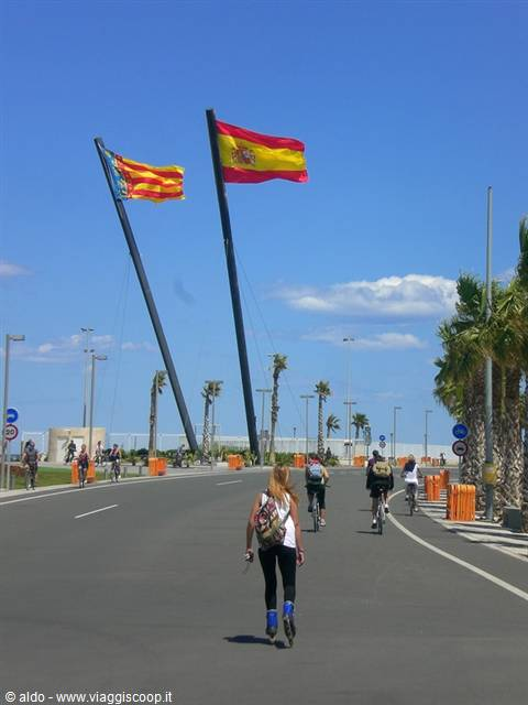 Matrimonio Spiaggia Fuerteventura : Valencia tra mare arte movida e buon cibo spagna