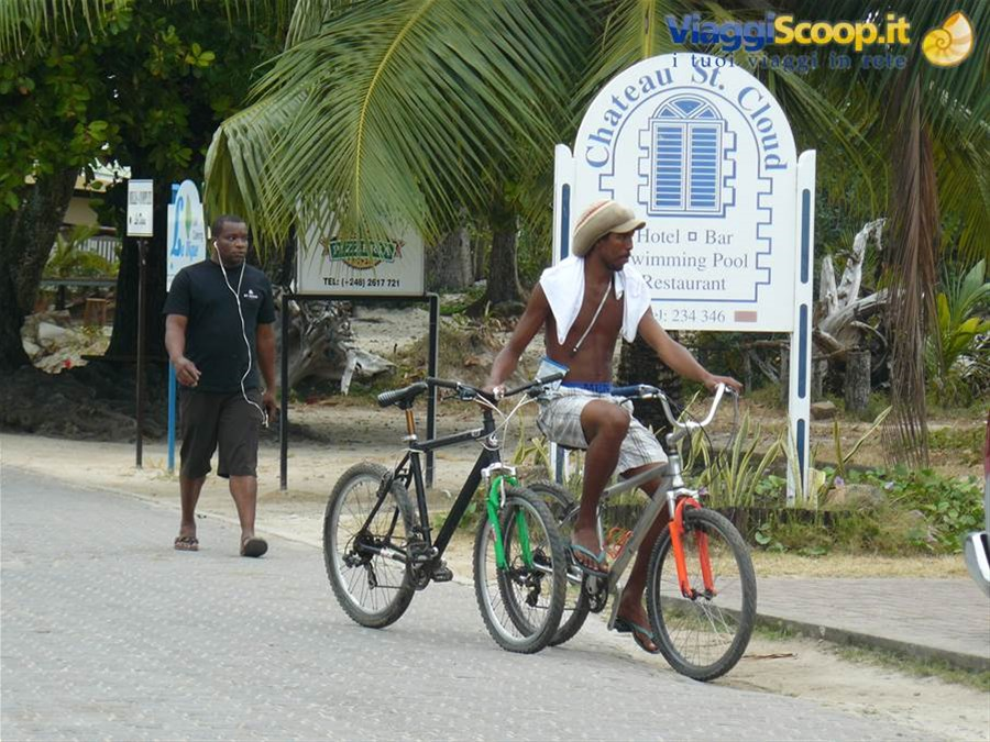 Sulle strade dell'Isola SEYCHELLES