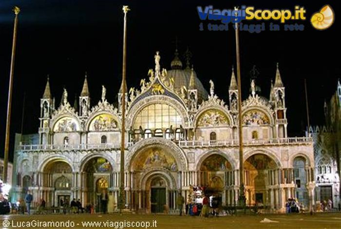 S. Marco by night ITALIA