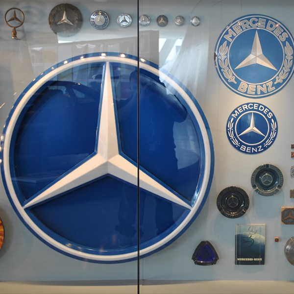 Stoccarda Mercedes Benz museum