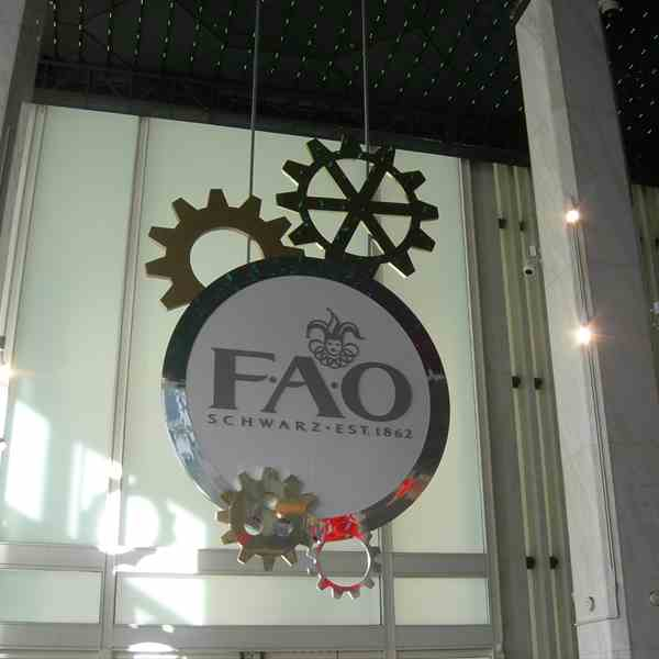 FAO Schwarz (767 5th avenue at 58th street)